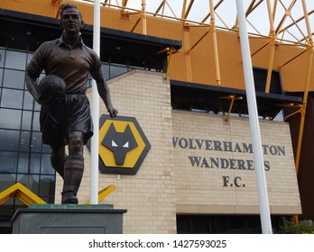 Molineux Stadium, Wolverhampton, Midlands, England, UK - August 2014. Billy Wright statue at Molineux, home of Wolverhampton Wanderers Football Club.