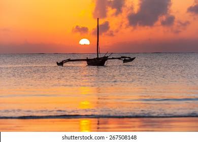 Mombasa, beach, sunrise, africa, sun, boat, kenya ,Sunrise over the Indian Ocean