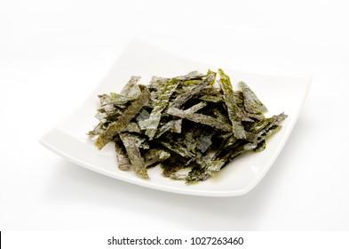 Mominori, crumbled grilled nori is dry seaweed sheets