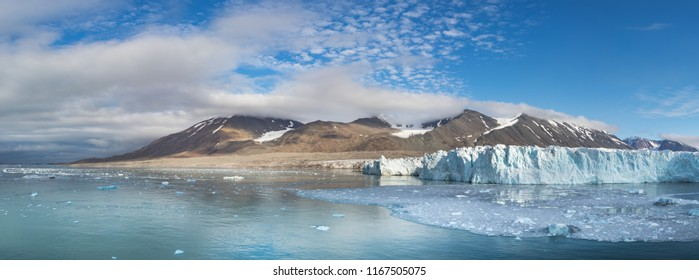 The Monacobreen Glacier at Liefdefjord, Svalbard, Norway