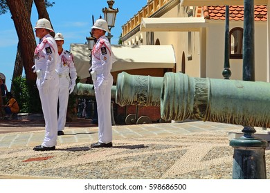 MONACO-VILLE, MONACO - JUNE 20 : Changing guards at the palace on 20 June 2016. at Monaco-ville. Monaco's Prince Palace has guards, whose changing is a main tourist attraction.