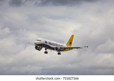 Monarch Airlines Airbus A320 G-OZBY on approach to land on August 19th 2017 at London Luton Airport, Bedfordshire, UK