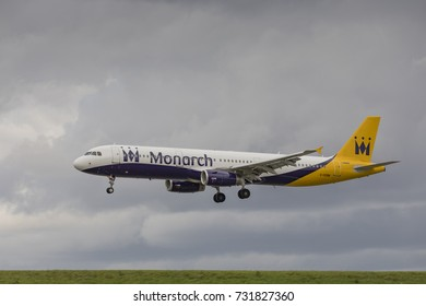Monarch Airlines Airbus A321 G-OZBM on approach to land on August 19th 2017 at London Luton Airport, Bedfordshire, UK