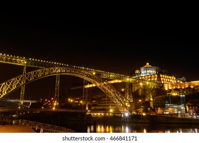 The monastery of Serra do Pilar (Mosteiro da Serra do Pilar) with the view of the dom luise I bridge at night