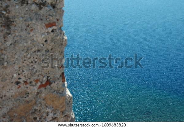 monemvasia-castle-stunning-view-omg-600w