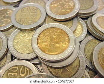 money 500 colombian pesos coin five hundred