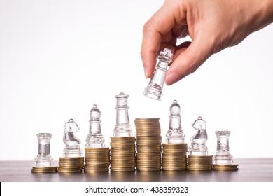 El negocio del ajedrez de dinero, la inversión estratégica con su dinero.