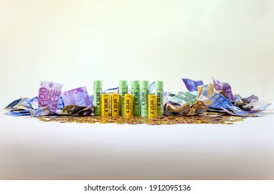 Money City, a city made of coins and banknotes