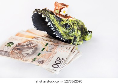 Money in crocodile's mouth, Polish zloty, PLN