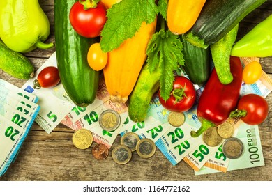 Money for farmers. Subsidies for agriculture. Financing of vegetable growing. Valid Euro banknotes and coins. Sale of vegetables