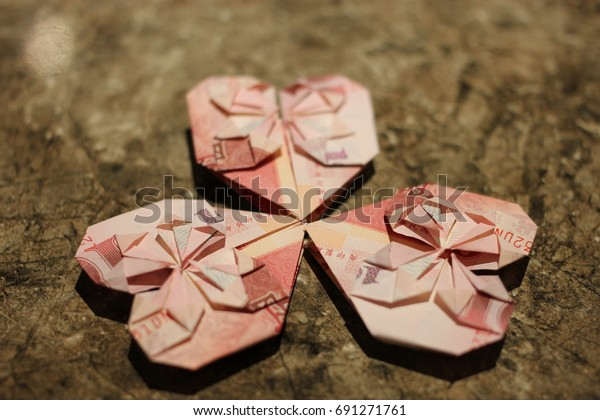 Heart-Shaped Origami | Money origami, Dollar origami, Dollar bill ... | 420x600