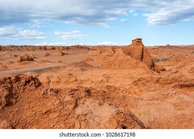 Mongolia. Gobi Desert. Natural boundary Hermen-Tsav.
