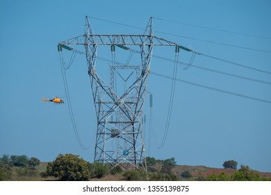 Monitoring Helicopter checking the correct state of the high voltage electrical network