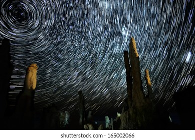 Mono Lake 01 Tufa Towers Startrails