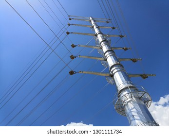 Monopole High Voltage Transmission Tower is used to save land space accuired