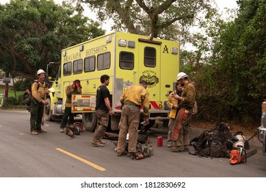Monrovia, California. United States - September 10, 2020: firefighters return from one more day of work without being able to extinguish the fire in Los Angeles National Forest.