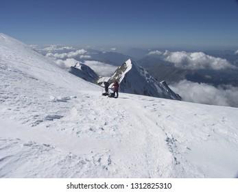 Mont Blanc normal route descending