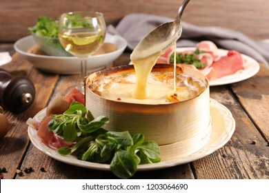 mont d'or, cheese with potato and ham