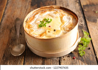 mont d'or, melted cheese