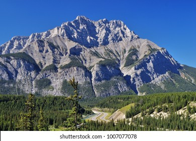 Montain in Banff, Canada.