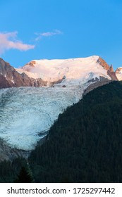Mont-blanc du Tacul and Bossons glacier the part of Mont-Blanc massif in the evening sunset light, Chamonix-Mont-Blanc, France