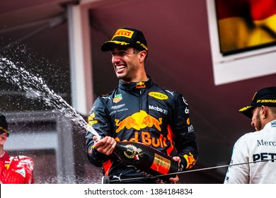 Monte Carlo/Monaco - 05/27/2018 - #3 Daniel RICCIARDO (AUS, Red Bull Racing) celebrating winning the Monaco GP on the podium