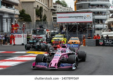 Monte Carlo/Monaco - 26/05/2019 - #18 Lance STROLL (CAN, Racing Point, RP 19) about to be lapped by #77 Valtteri Bottas (FIN, Mercedes, W10) during the F1 Monaco GP