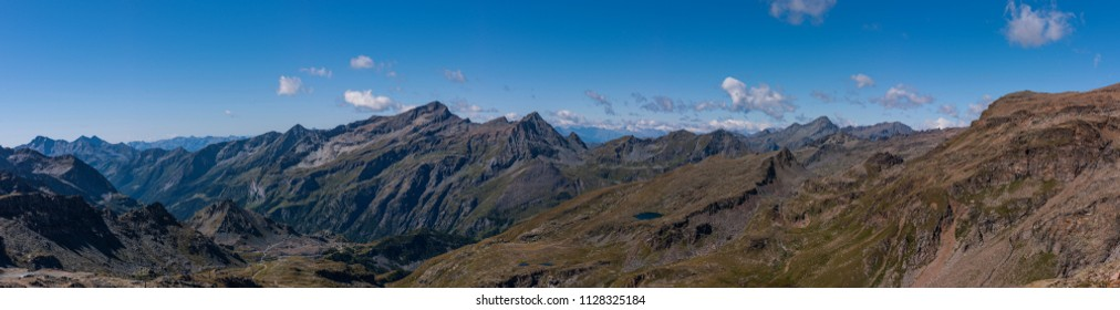 Monte Rosa Massif, Aosta Valley, Italy. Landscape near Stolemberg (3,202 m). In the background, Testa Grigia (Grauhaupt in German, 3,315 m).