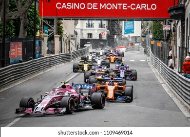 Monte-Carlo, Monaco. 27/05/2018. Grand Prix of Monaco. F1 World Championship 2018. Esteban Ocon, Force India, leading the group.