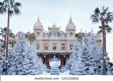 Monte-Carlo, Monaco, 6 December 2018 Monte-Carlo Casino with christmas tree and palms front entrance