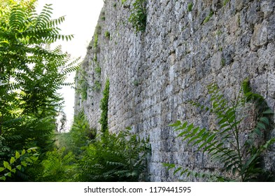 Monteriggioni wall, fortification, Italy, Tuscany