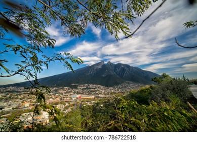 Monterrey View Frame