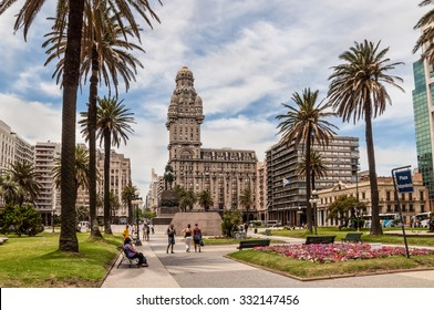 MONTEVIDEO, URUGUAY - DECEMBER 15: Plaza indepedencia with the building Palacio Salvo and the statue of Jose Artigas in Montevideo, Uruguay at December 15, 2012.