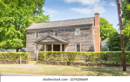 MONTGOMERY, ALABAMA - APRIL 21, 2018:  Vintage Dogtrot House in Old Alabama Town:  Vintage dogtrot home located in Old Alabama Town, downtown Montgomery, Alabama.