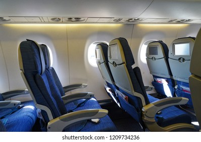 Wondrous Imagenes Fotos De Stock Y Vectores Sobre Coach Airplane Cjindustries Chair Design For Home Cjindustriesco