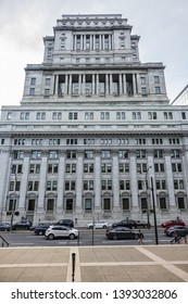 MONTREAL, CANADA - AUGUST 13, 2017: Sun Life Building (Edifice Sun Life) - historic 24-storey (122-metre, 1931) office building at 1155 Metcalfe Street on Dorchester Square in downtown Montreal.