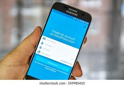 MONTREAL, CANADA - DECEMBER 23, 2016 : Wordpress application on Samsung S7 screen