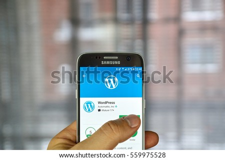 MONTREAL, CANADA - DECEMBER 23, 2016 : Wordpress application on Samsung S7 screen