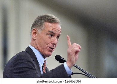MONTREAL - MAY 15: The candidate for the Democratic nomination for the U.S. presidential election in 2004 Howard Dean makes a speech in Montreal, on May 15, 2012 in Montreal, Quebec, Canada.
