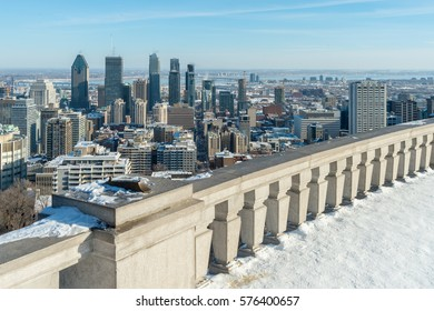 Montreal Skyline from Kondiaronk Belvedere / Mont-Royal in Winter (2017)