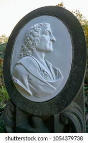 Monument to the alchemist Johann Friedrich Böttger at the Brühlsche Terrasse in Dresden. He is considered the inventor of European porcelain