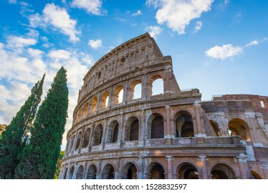 monument of ancient architecture rome colosseum