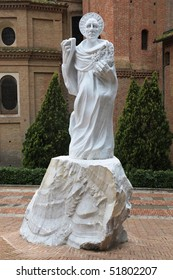 Monument to Bernardo Tolomei