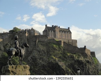 Monument and fortress with castle on the hill in the center of Edinburg (Scotland)