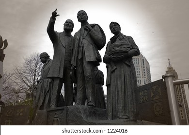 Monument of freedome, Detroit Michigan
