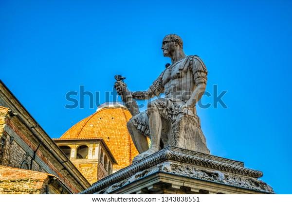 monument-giovanni-delle-bande-nere-600w-