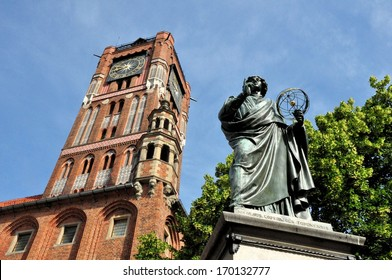 Monument of great astronomer Nicolaus Copernicus in front of the Town Hall in Torun, Poland.