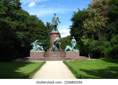 Monument of Otto von Bismarck in Tiergarten Park, Berlin, Germany, September 2012