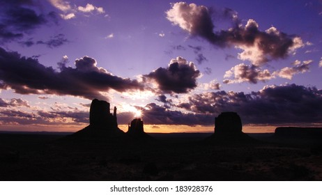 Monument Valley 07 Sunrise Left & Right Mitten Butte Arizona and Utah