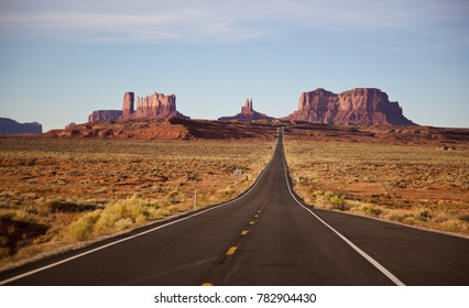 Monument Valley - Forest Gump Point
